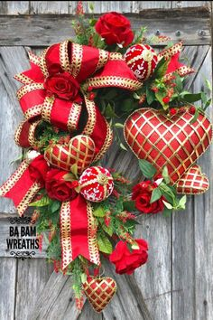 Showcasing some wreaths, swags, door hangers, and centerpieces created by talented designers on the Trendy Tree Custom Wreath Designer List. Valentine Day Wreaths, Valentines Day Decorations, Valentine Day Crafts, Holiday Wreaths, Christmas Crafts, Christmas Decorations, Valentine Tree, Trendy Tree, Heart Decorations