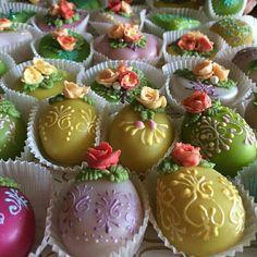 Pastry Art, Beautiful Desserts, Sardinia, Biscotti, Sweets, Cupcake, Food, Cakes, Gummi Candy