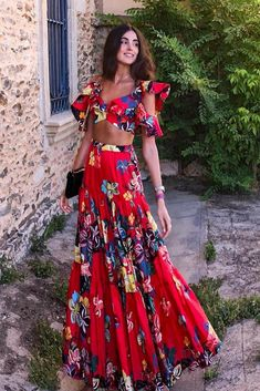 Fashion Off-Shoulder Pleated Printed Colour Suit – pretty maxi dresses,maxi dress style,maxi dress summer,maxi outfit ideas Suit Pattern, Vacation Dresses, Elegant Woman, Fashion Dresses, Maxi Dresses, Dress Outfits, Summer Maxi, Summer Outfit, Summer Beach