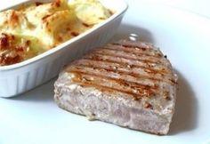 Vörös tonhal steak Minion, Mashed Potatoes, French Toast, Pork, Fish, Meat, Breakfast, Ethnic Recipes, Gratin