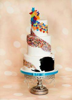 Geweldige taart. Misschien iets minder kleurtjes voor mij maar prachtig idee.