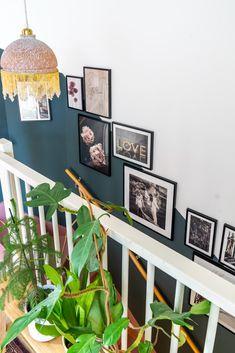Een gallery wall in het trapgat; zo doe je dat | Styled by S