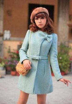 Turquoise bow collar winter coat - but would recommend wearing clothes underneath it! Trendy Dresses, Fashion Dresses, Girls Dresses, Mode Mantel, Iranian Women Fashion, Fashion Women, Looks Chic, Winter Dresses, Dress Winter