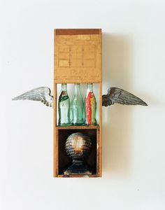 Robert Rauschenberg, Coca Cola Plan on ArtStack Robert Rauschenberg, Metal Wings, Coca Cola Bottles, Pop Art Movement, Art Students League, Object Photography, Found Object Art, Assemblage Art, Art Plastique