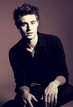 Max Irons from The Host.....he is just lovely(: