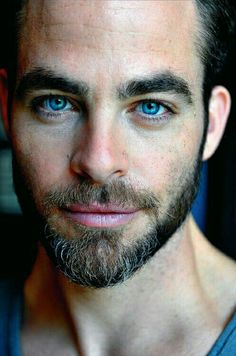 """mercuryjones: """"lordofkobol: """" celtboygary: """" Chris Pine """" noooo with that bit of grey in his beard. """" I was shocked to learn that Chris Pine's dad was the. Moustaches, Chris Pine Eyes, Amanda Seyfried, Gorgeous Eyes, Amazing Eyes, Pretty Eyes, Actors, Male Face, Attractive Men"""