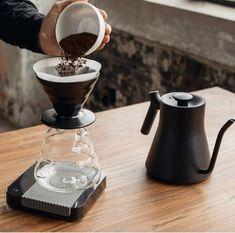 Radio Coffee, V60 Coffee, Coffee Maker, Kitchen Appliances, Coffee Maker Machine, Diy Kitchen Appliances, Coffee Percolator, Home Appliances, Coffee Making Machine