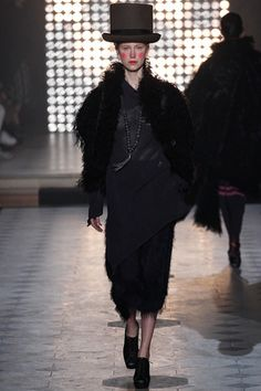 Vivienne Westwood Fall 2014 Ready-to-Wear Collection Slideshow on Style.com.    --those shoes!