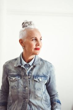 I hate all those style rules. That's what I told the Telegraph when they asked me for advice on 'navigating fashion through the menopause.' Style is an individual thing. It's not about dressing your age, it's about dressing for your body shape. And being comfortable. Yes, body shape changes around the menopause – mine has,Read more