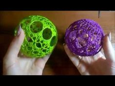 Шары крючком - YouTube Crochet Christmas Ornaments, Christmas Crafts, Crochet Videos, Crochet Gifts, Filet Crochet, Easter Eggs, Flower Arrangements, Crochet Earrings, Crochet Patterns