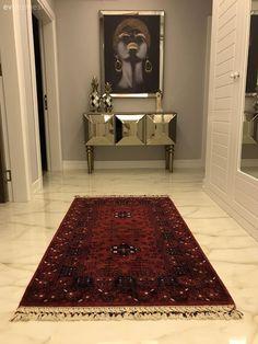 Bu Evde Her Şey Tezatlardan Uyum Çıkarmakla İlgili Even though the hand-woven carpet, which greeted Decoration Ikea, Decorations, Diy Home Decor For Apartments, Diy Home Decor Rustic, 3d Home, Boho Home, Painting Of Girl, Décor Boho, Design Furniture