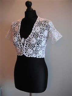 Free crochet patterns and video tutorials: how to crochet white bolero free pattern tutorial and diagram Crochet Shrug Pattern Free, Free Crochet, Free Pattern, Crochet Top, Crochet Patterns, Crochet Hats, Crochet Shrugs, Crochet Sweaters, Top Pattern