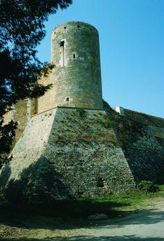 Lucera, Puglia, Italy - il castello. 41°30′00″N 15°20′00″E