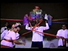 Danzas y Bailes de Quintana Roo Oaxtepec 2000 - Danza de cabeza de cochino - YouTube Ballet Folklorico, Quintana Roo, Wrestling, Youtube, Lucha Libre, Youtubers, Youtube Movies