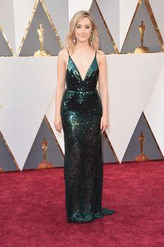 65839902e7177d Saoirse Ronan in Calvin Klein Collection (representing Ireland in a  stunning Emerald Green dress)