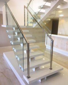 Elegant Glass Stairs Design Ideas For You Este ano - Home Decor - Escadas