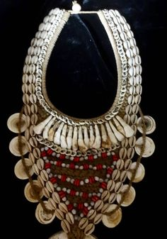 Ethnic Round Stone Traditional Shell Necklace Tribal Asmat