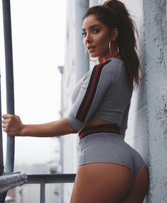 Hold on 2018 we comin for ya! Shorts With Tights, Tights Outfit, Melissa Molinaro, Boohoo Outfits, Nice Asses, Hot Girls, Sporty, Sexy, Fitness