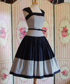 Striking 1950s Vintage Dress / Black & by RainbowValleyVintage, £110.00