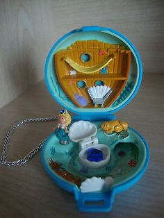 Vintage Polly Pocket underwater jewelled sea complete set | eBay - I LOVED the jeweled ones!
