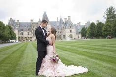 10 Tips for Having Kickass Wedding Photos | Biltmore Estate Wedding with Blush Pink Maggie Sottero Wedding Gown