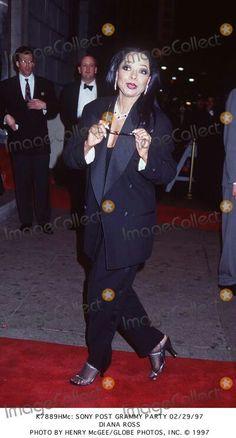 Pinterest Chrome, Diana Ross Supremes, Vintage Black Glamour, Motown, Ms, Singer, Actresses, Concert, Friends
