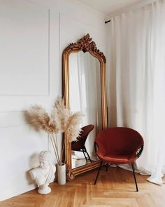 Playlist : Five Songs for the Weekend :: This Is Glamorous - Home deco - Decoration Inspiration, Decoration Design, Interior Inspiration, Decor Ideas, Mirror Inspiration, Style Inspiration, Bedroom Inspiration, Style Ideas, Home Interior