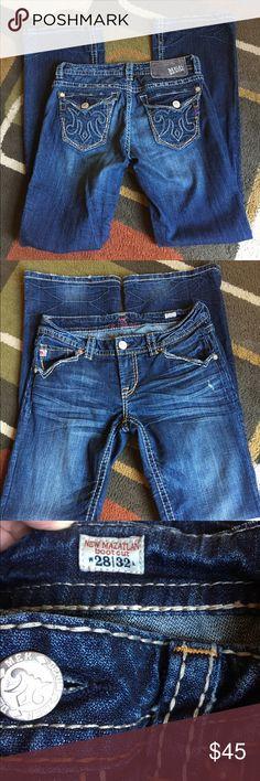 "MEK denim jeans🍂 Style is New Mazatlan🍂 lying flat waist measures 15"" 🍂 rise 7"" 🍂 inseam is 32"" 🍂 light wear at bottom backs of legs 🍂 MEK denim Jeans Boot Cut"
