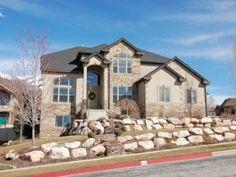 Beautiful 2 story home in Ogden, Utah