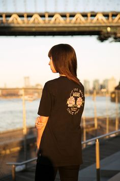 Golden hour with the No Club Oversized T-Shirt. Zumiez Girls, Cool Outfits, Casual Outfits, Vans Girls, Fashion Beauty, Woman Fashion, Golden Hour, Clothing Items, Shirts For Girls