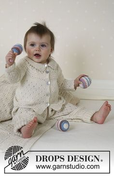 Snow Baby / DROPS Baby 13-18 - DROPS Jacket, pants, hat, socks, blanket, ball and rattle in Alpaca