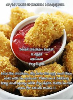 Tasty baked chicken nuggets with a crispy quinoa coating – so easy and healthy! This gluten-free quinoa chicken nuggets recipe has just 5 ingredients. Crispy Quinoa, Cooked Quinoa, Baked Chicken Nuggets, Chicken Bites, Cocina Natural, Clean Eating, Cooking Recipes, Healthy Recipes, Microwave Recipes