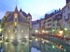 Annecy, Rodano-Alpes, France. 10 ciudades europeas que puede que no conozcas