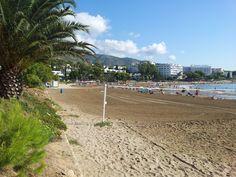 Alcocéber. Playa de las Fuentes Pulse en la fotografía para ver #apartamentos_en_Alcoceber Alcocéber, Alcossebre, Spain