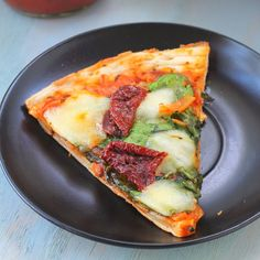 Mix it Up: Tomato Caramelized Onion and Spinach Pizza (Recipe ReDux)