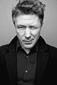 Aidan Gillen for Vanity Fair (edit: reasfromfreecloud).