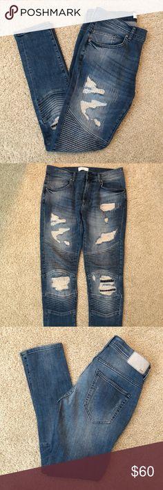 Zara Man Distressed Biker Jeans used in excellent condition Zara Jeans Skinny Biker Jeans, Zara Jeans, Fashion Design, Fashion Tips, Fashion Trends, Skinny, Pants, Outfits, Beauty