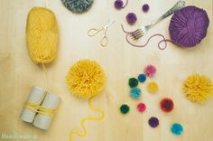 2 Incredible ways to make yarn pom poms. Click on to view instructions. :-)