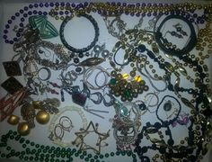 Vintage Lot Of Jewelry Earrings Pins Necklaces Rhinestone Mosaic Beads