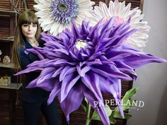 Big flowers of Julia Prokhorova. How To Make Paper Flowers, Crepe Paper Flowers, Giant Flowers, Flowers In Hair, Veronica, Yellow Art, Flower Template, Frame Wreath, Flower Wallpaper