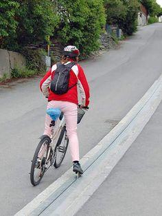 CycloCable de Brubakken Hil, le premier ascenseur à vélo, remontée mécanique cycliste
