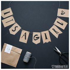 It's a girl vlaggenlijn Wraps, Mini, Pretty, Wrapping, Jewelry, Baby, Fashion, Accessories, Moda