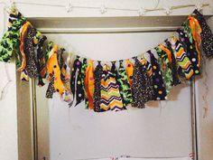 #halloween #fabricbanner #fabric #garland #photoprop #photoshoot #partydecor #party #decoration #banner #chevron #dots #blackcats #orange #black #green #purple https://www.etsy.com/listing/544195194/halloween-fabric-banner-trick-or-treat