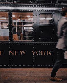 New York Life, Nyc Life, City Aesthetic, Travel Aesthetic, Empire State Of Mind, Empire State Building, Photographie New York, City Vibe, Upstate New York