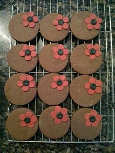 Remembrance day, spiced chocolate biscuits. Chocolate Biscuits, Remembrance Day, Grade 1, Poppy, Spices, Cake, Crafts, Spice, Manualidades