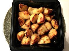 I've mentioned these Slimming World Oxo roast potatoes a couple of times and the kids love these. I've served them with a traditional roast but also with Slimming World burgers. But l…