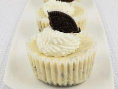 http://gracessweetlife.com/2010/07/oreo-cookies-and-cream-cheesecakes/