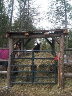 Round Bale Feeder #horse #hay #round bale