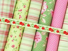 Cottage chic pink apple green Fat quarter by fabricsandfrills