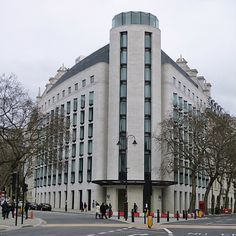 london me hotel - Google 搜尋